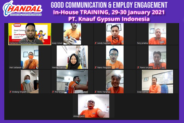 Good Communication & Engagement Employ